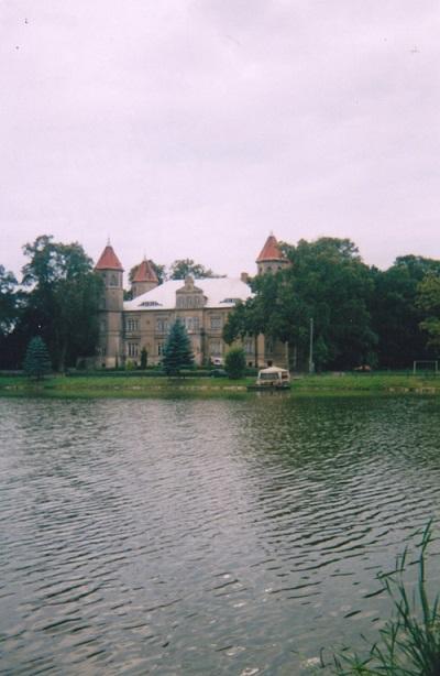 8. Chateau (1857) Dabrowka_0006_400