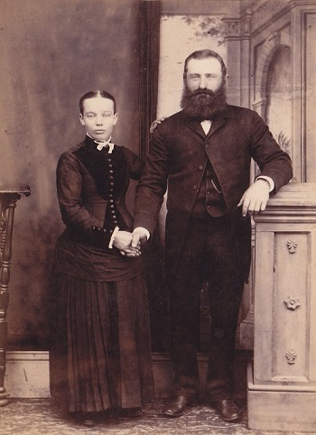 EWBjr and Louise GREGOR 1889_upright_cropped p_350