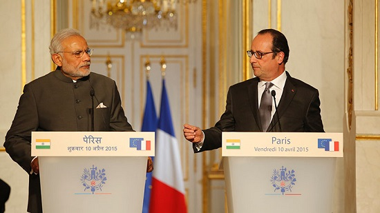 Hollande_Modi_Hollande_France_in_India_diplo_550